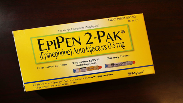 NY legislation would require Epipen training for teachers