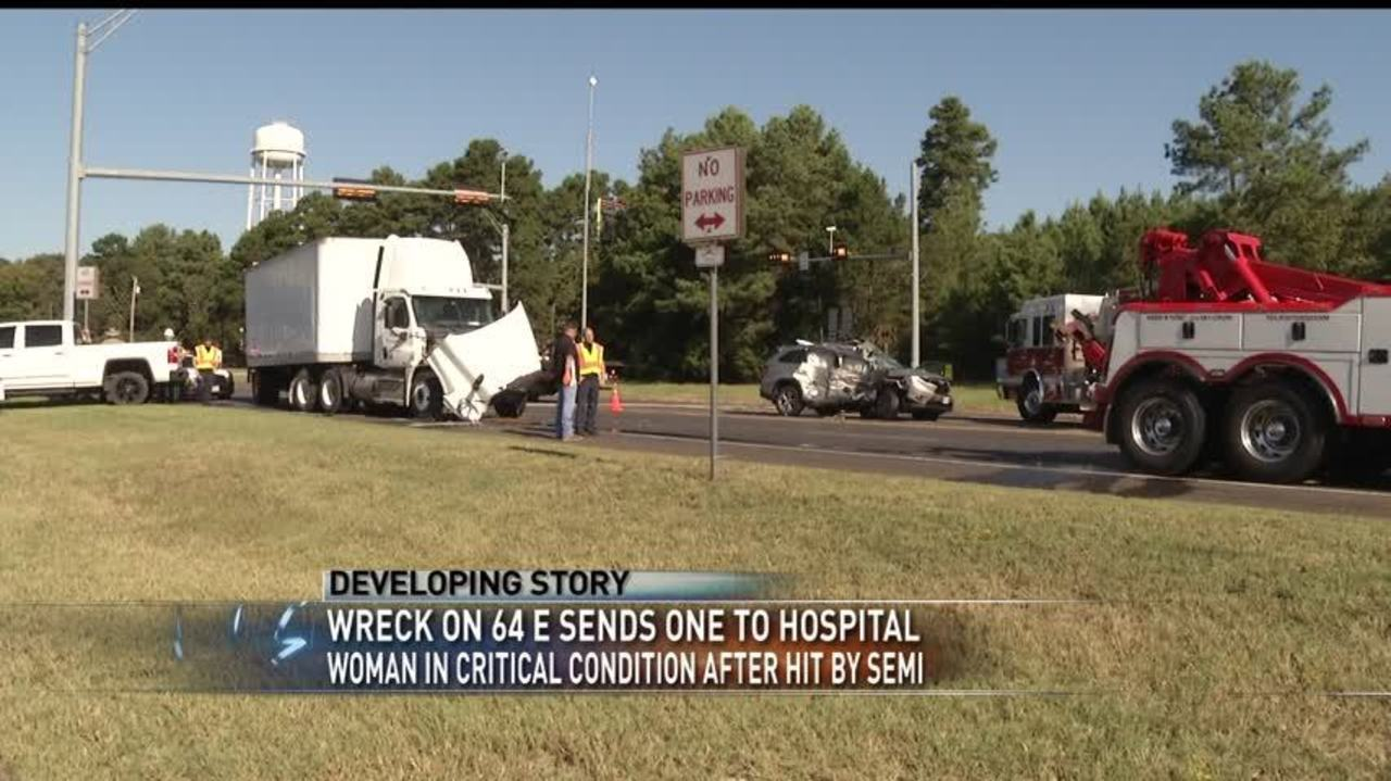 DPS on scene of two-vehicle accident in Smith County