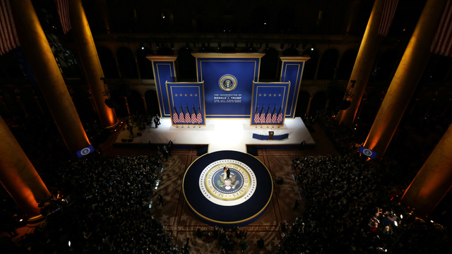 Trumps dance at Armed Services Inaugural Ball.jpg79202962