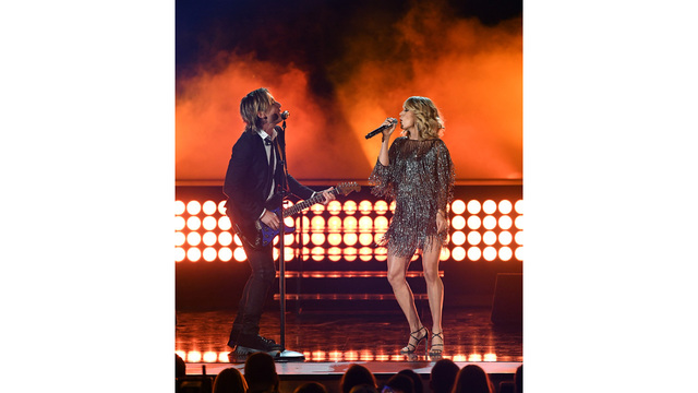 Keith Urban Carrie Underwood Academy of Country Music Awards 201778177779