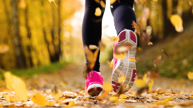 How to dress for fall workouts