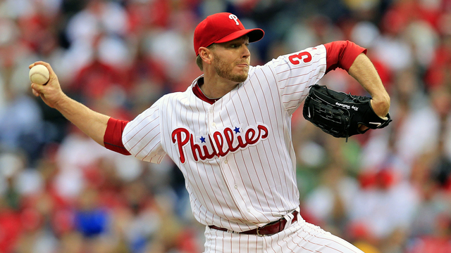 Roy Halladay throws playoff no-hitter.jpg82427286
