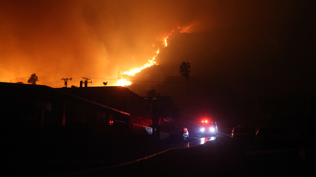 Thomas Fire in California Dec 7 bluff La Conchita.jpg88964312