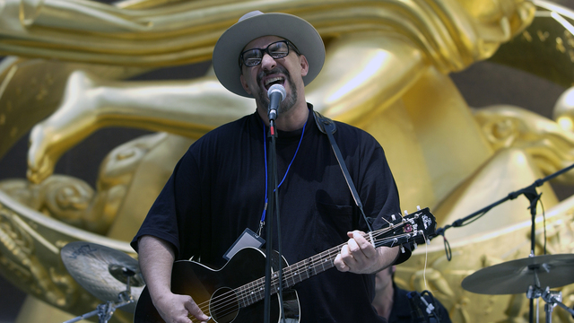 Pat DiNizio of The Smithereens.jpg83845361