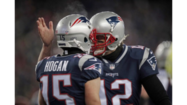 Patriots beat Titans 35-14 to head back to AFC title game