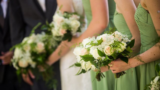 Choosing the right number for your wedding party
