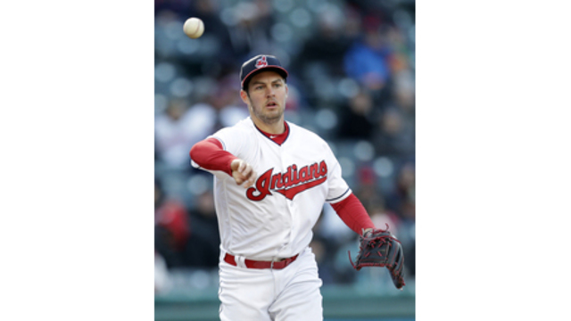 Duda's solo shot pushes Royals over Indians