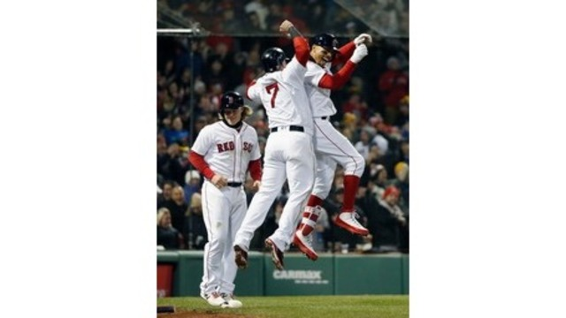 Betts hits slam, Red Sox rout Yankees, 14-1
