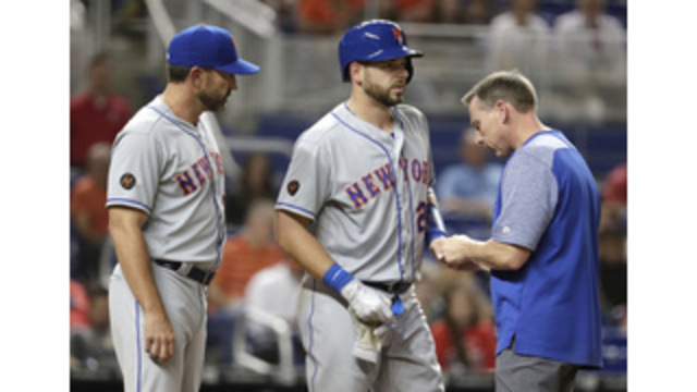 Mets catcher Travis d'Arnaud to have Tommy John surgery
