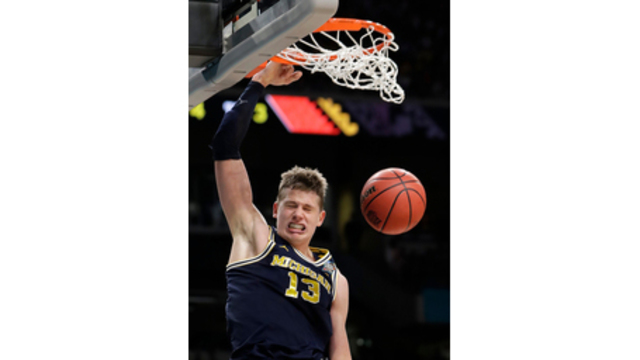 Moe Wagner Declares for 2018 NBA Draft After 3 Seasons at MI