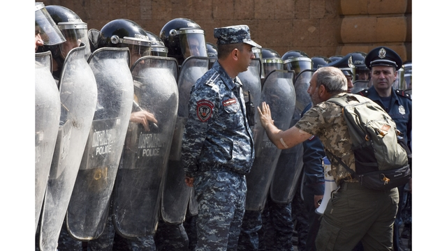 Armenia protesters defy ex-president's move to premier seat