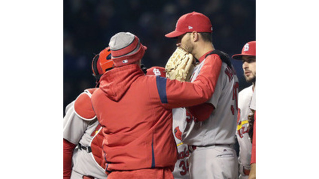 Wainwright put on DL by Cards because of inflamed elbow