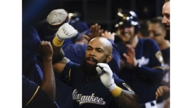 Brewers 1B to DL with torn thumb ligament
