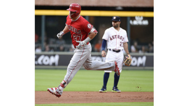 Mike Trout steals two bases, scores in Angels' win over Houston