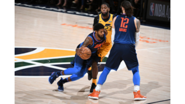 Impending free agent Paul George undergoes knee surgery