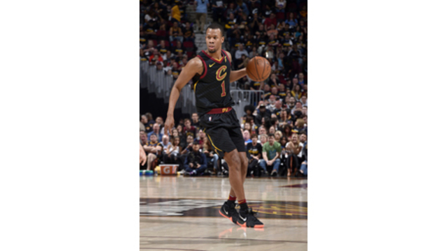 Rodney Hood out of doghouse, back into playoff plans for Cavaliers
