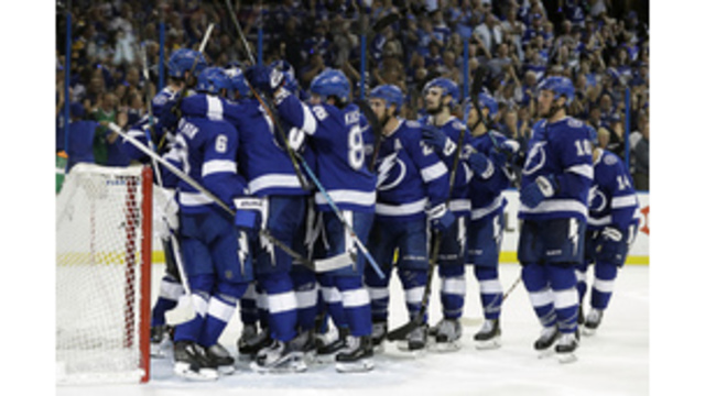 Surging Capitals cruise past Lightning in Game 1