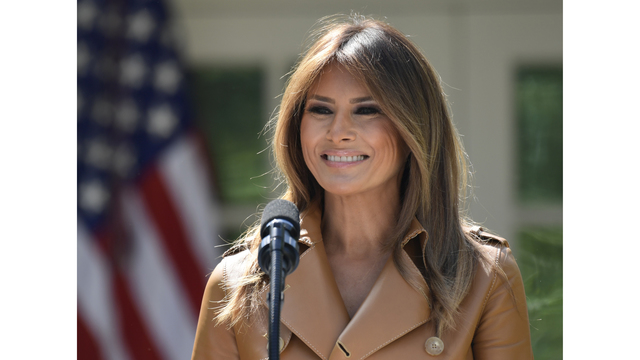Trump visits first lady at Walter Reed hospital