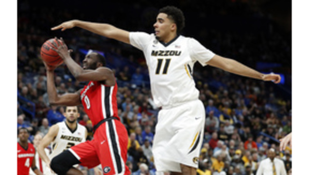 Jontay Porter withdraws from 2018 NBA draft, unlike brother