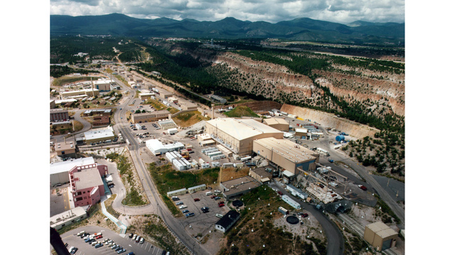 Judge: Lawsuit over federal nuke lab cleanup can go forward