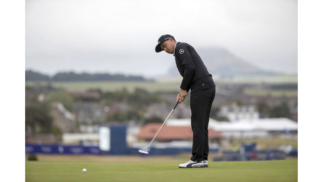Fowler shoots 64 at Scottish Open on return to Gullane