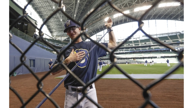 LEADING OFF: Brewers go bullpen, Dodgers send out Ryu