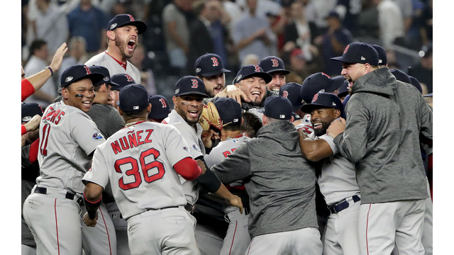 Red Sox Hold Off Yanks In Game 4 Face Astros In Alcs