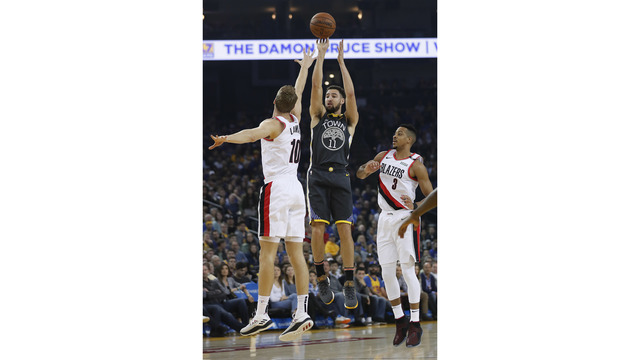 Trail_Blazers_Warriors_Basketball_25837.jpg18107880