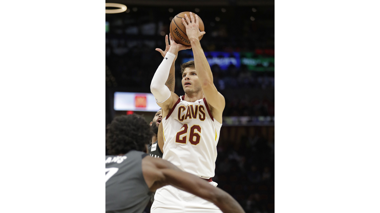 info for 82d30 a819e Cavaliers trade Kyle Korver to Jazz for picks, Burks
