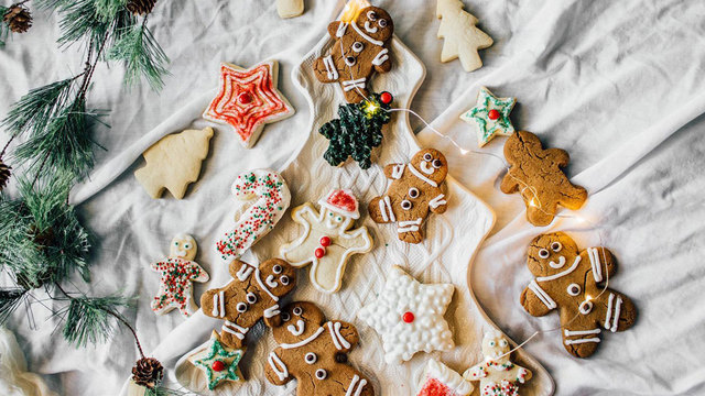 Time-saving tips and healthy tricks for holiday baking