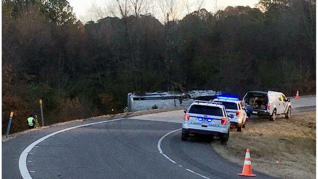 1 Child Dead 45 People Hurt In Arkansas Charter Bus Crash