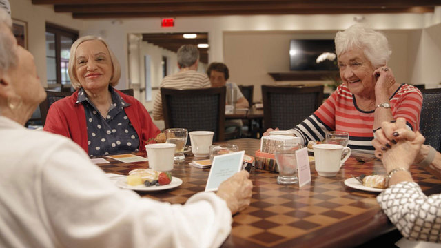 Meaningful ways to connect different generations during the holidays