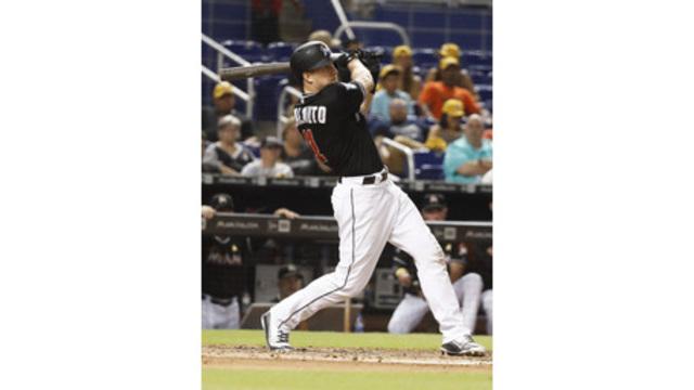 Marlins, Realmuto agree to $5.9M deal