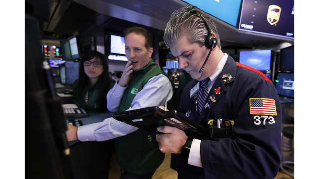 US stock indexes drop as economic, earnings worries rise