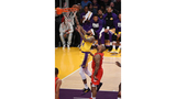 Down 19 in 3rd, Lakers rally by Rockets