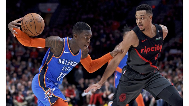 Thunder_Trail_Blazers_Basketball_20365.jpg02189836