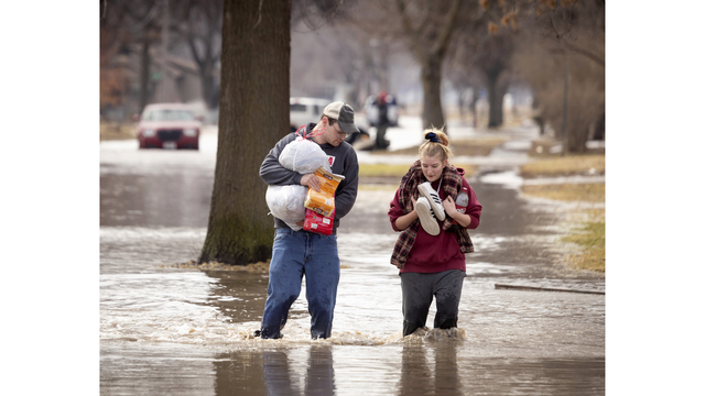 Homes flood as Missouri River overtops, breaches levees