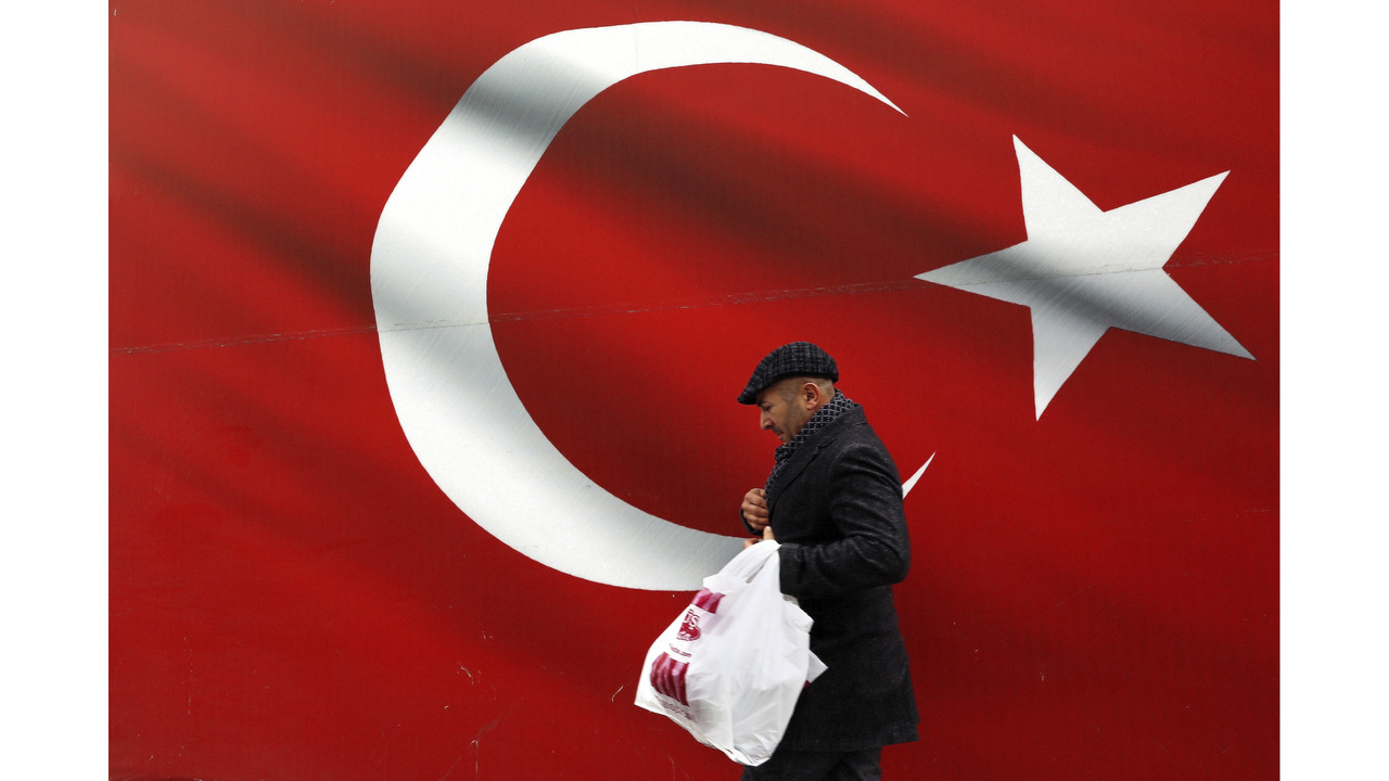 Turkish Voters Go To Polls In Critical Municipal Elections