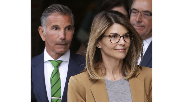 Loughlin, Giannulli plead not guilty in college scam