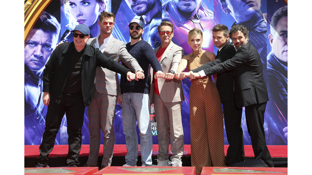 The_Cast_of__Avengers__End_Game__Hand_and_Footprint_Ceremony_76329.jpg30859133