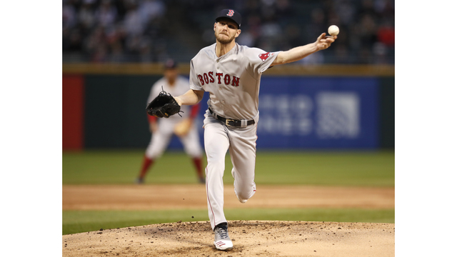 39df445562 Sale sparkles to earn first win, Red Sox top White Sox 6-1