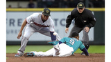 Mariners' Gordon, Healy placed on IL